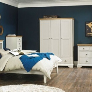 Bentley Designs Hampstead Soft Grey & Pale Oak Bedroom