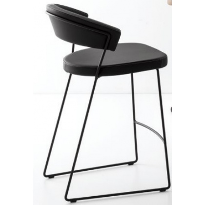 Connubia Calligaris New York Bar Stool Sleigh Base Skuba With Coloured Frame