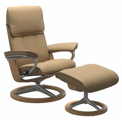Stressless Admiral Medium Chair and Stool with Signature Base - Paloma Sand & Oak