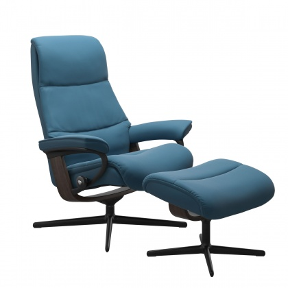 Stressless View Medium Recliner & Stool With Cross Base