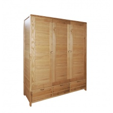 Ercol 1366 Bosco 3 Door Wardrobe