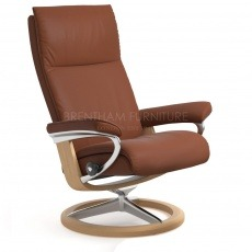 Stressless Aura Medium Chair With Signature Base (No stool)