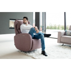 Fama Kim Power Recliner