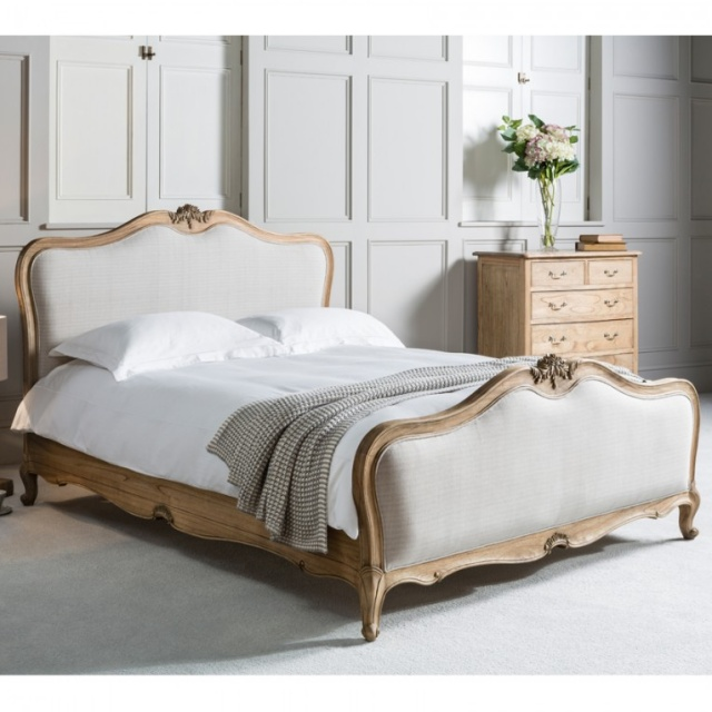 Gallery Direct & Frank Hudson Frank Hudson Chic 5' Upholstered Kingsize Bed Weathered